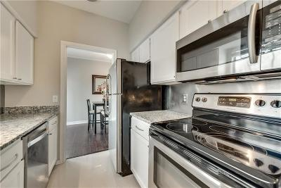 Condo For Sale: 3919 Cole Avenue #102