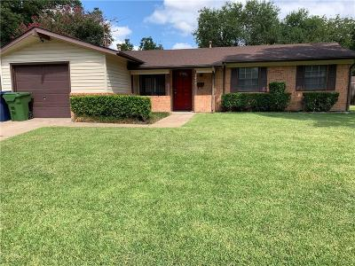 Garland Single Family Home For Sale: 3129 Centennial Drive