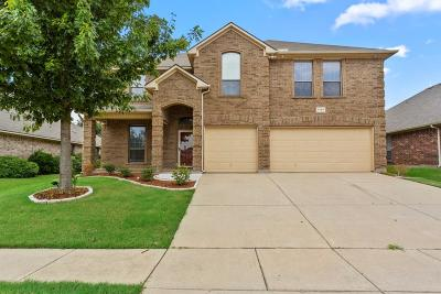 Arlington Single Family Home For Sale: 7704 Yearling Way