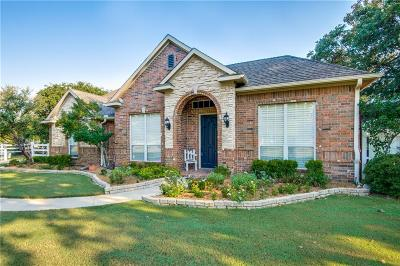 Double Oak Single Family Home For Sale: 140 Timberleaf Court