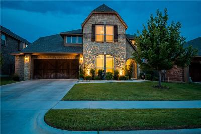 Aledo Single Family Home For Sale: 613 Yucca Court