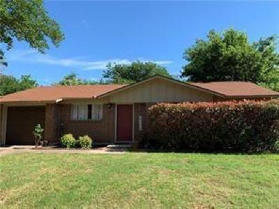 Watauga Single Family Home For Sale: 5725 Bowling Drive