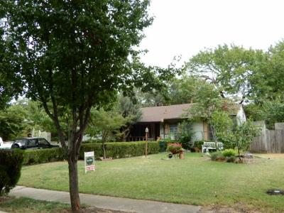 Dallas Single Family Home For Sale: 3812 Beechwood Lane