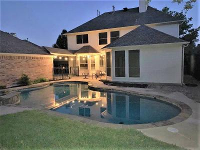 Keller Single Family Home For Sale: 915 Rolling Ridge Drive