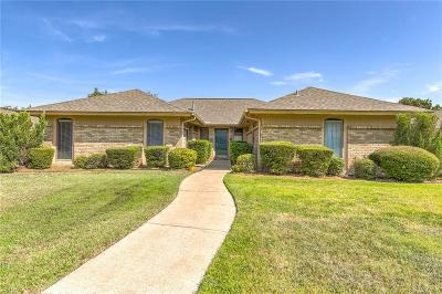 Arlington Single Family Home Active Contingent: 605 Chaffee Drive