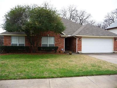 Euless Single Family Home For Sale: 219 Canterbury Street