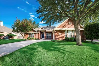 North Richland Hills Single Family Home For Sale: 8112 Beverly Drive