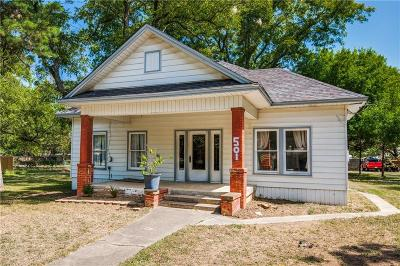 Denton County Single Family Home For Sale: 501 S Magnolia Street