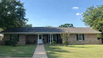 North Richland Hills Single Family Home For Sale: 8117 Jerrie Jo Drive