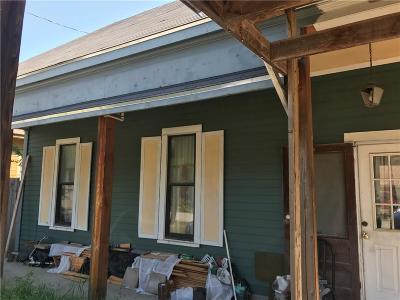Waxahachie Single Family Home For Sale: 208 Lewis Street