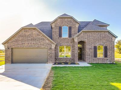 Cleburne Single Family Home For Sale: 2300 S Nolan River Road