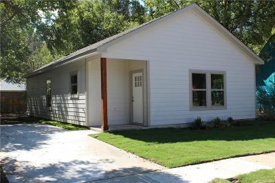 Cleburne Single Family Home For Sale: 302 Olive Street