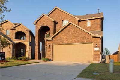 McKinney Single Family Home For Sale: 320 Brazoria Lane