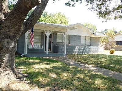 Midlothian Single Family Home For Sale: 1428 Yucca Street