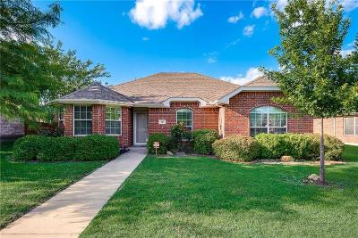 Red Oak Single Family Home For Sale: 205 Shady Oaks Lane