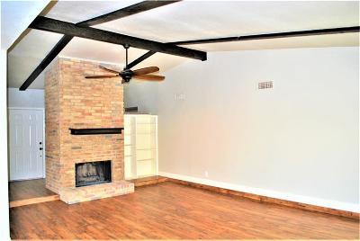 Arlington Single Family Home For Sale: 4500 Palomino Court