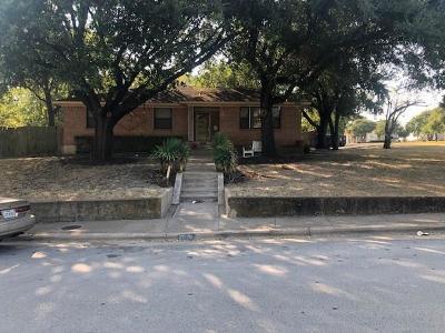 Dallas Single Family Home For Sale: 8006 Claremont Drive