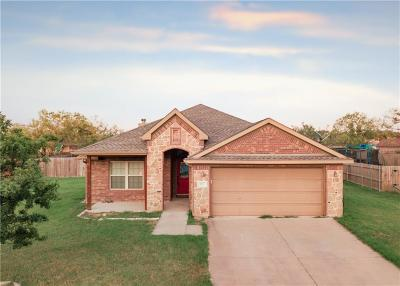 Stephenville Single Family Home For Sale: 833 Sun Down