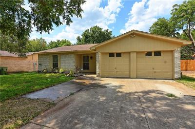 Mansfield Single Family Home For Sale: 813 Skylark Drive