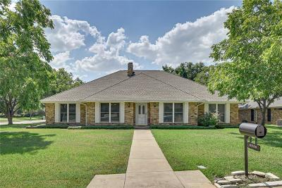 Mansfield Single Family Home For Sale: 1212 Fairfax Drive