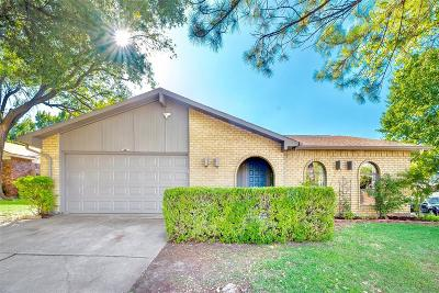 Dallas County, Collin County, Rockwall County, Ellis County, Tarrant County, Denton County, Grayson County Single Family Home For Sale: 2321 Chinaberry Drive