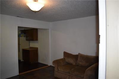 Arlington Single Family Home For Sale: 904 Aleta Street