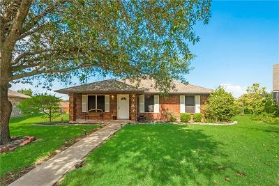 Sachse Single Family Home For Sale: 3141 Angie Place