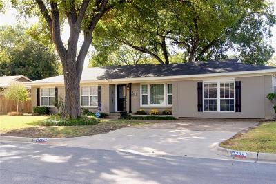 Richland Hills Single Family Home For Sale: 2821 Matthews Drive