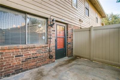 Townhouse For Sale: 2240 Tarpley Road #242