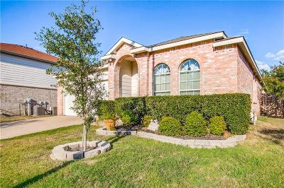 Grand Prairie Single Family Home For Sale: 5008 Boots And Saddle Court