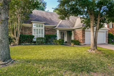 Grapevine Single Family Home For Sale: 611 Ashcroft Drive
