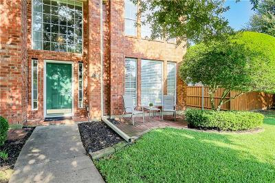 Plano Single Family Home For Sale: 2209 Country Club Drive