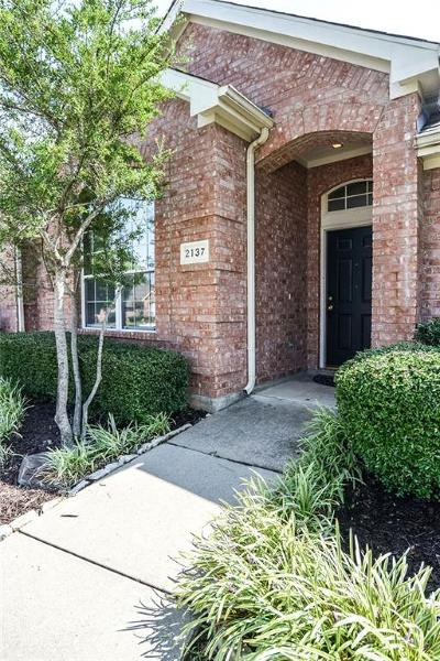 Lewisville Single Family Home For Sale: 2137 Fountain Drive