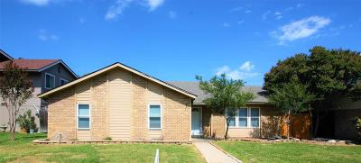 Garland Single Family Home For Sale: 3113 Noble Lane