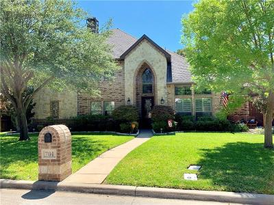 Euless Single Family Home For Sale: 701 Knott Court