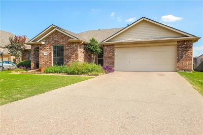 Argyle Single Family Home For Sale: 309 Country Lakes Drive
