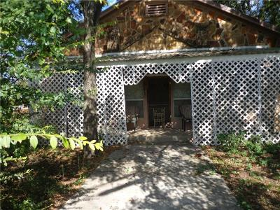 Brown County Single Family Home For Sale: 322 Main Street