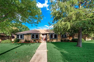 Lewisville Single Family Home For Sale: 1911 Aspen Drive