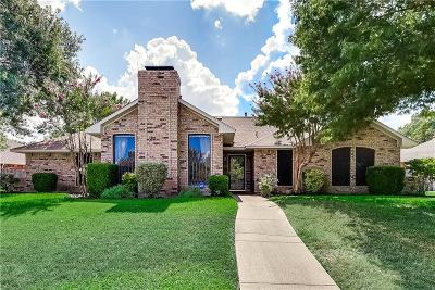 Desoto Single Family Home Active Option Contract: 211 Driftwood Lane