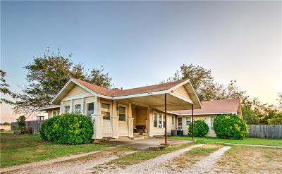 Cleburne Single Family Home For Sale: 556 County Road 1224