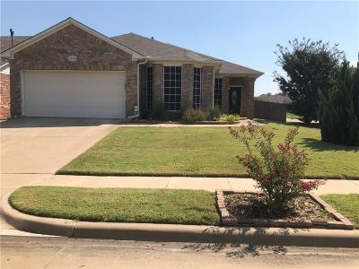 Fort Worth Single Family Home For Sale: 12728 Hannahsville Lane