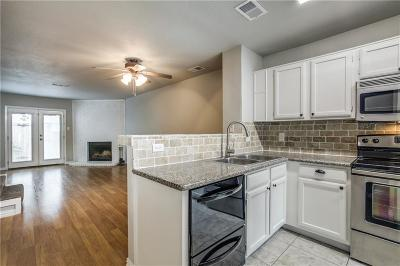 Garland Condo For Sale: 613 Carriagehouse Lane #D4