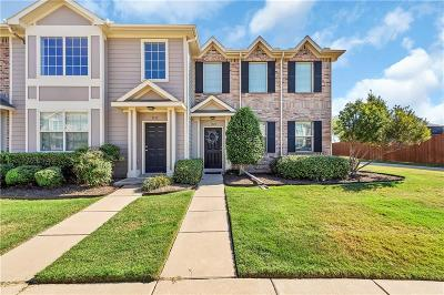 Tarrant County Townhouse For Sale: 3028 Peyton Brook Drive