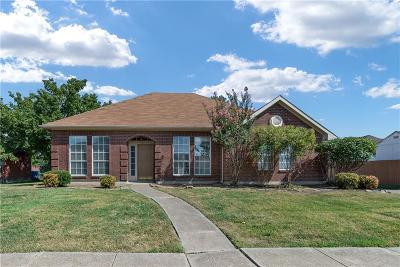 Rowlett Single Family Home For Sale: 7917 Straits Drive