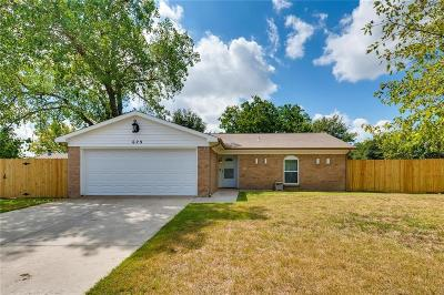 Saginaw Single Family Home Active Option Contract: 629 Edwards Drive
