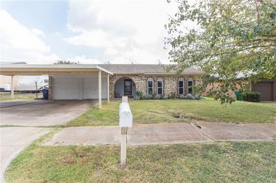 Dallas County, Collin County, Rockwall County, Ellis County, Tarrant County, Denton County, Grayson County Single Family Home For Sale: 6500 Moonglow Lane