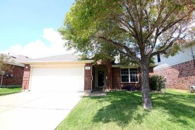 Single Family Home For Sale: 914 Glenbrook Drive