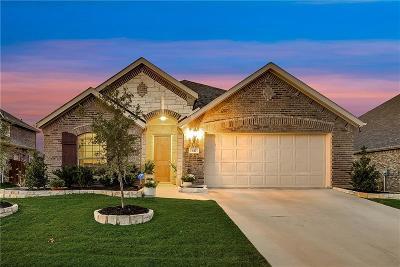 Midlothian Single Family Home For Sale: 417 Rockaway Drive