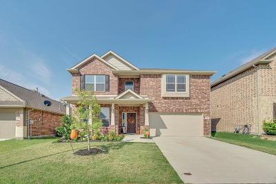 Tarrant County Single Family Home For Sale: 14649 Gilley Lane