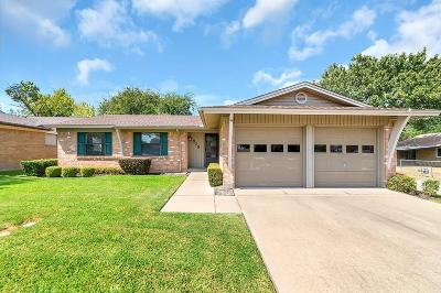 Garland Single Family Home For Sale: 809 Intervale Drive